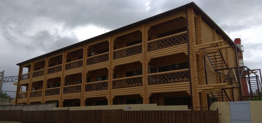 Окончено строительство гостиничного комплекса из оцилиндрованного бревна в г. Анапа, после. Витязево