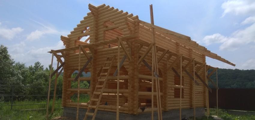 Продолжаем строительство загородного дома  из оцилиндровонноно бревна в г. Горячий ключ, ДНТ Фанагорийская усадьба